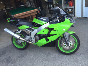2001 ZX6R NINJA EXCELLENT CONDITION, VERY WELL MAINTAINED