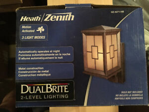 2 Brand New 3-Light Mode Bronze Outdoor Lights