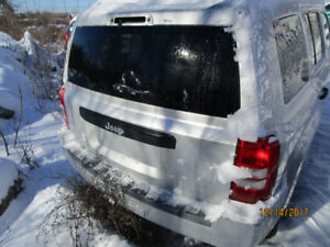 2009 JEEEP PATRIOT REAR HATCH DOOR USED