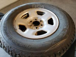 Ensemble pneus d'hiver 265/70R17 - pour Ford F150 2004 à 2018