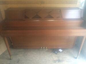 Piano avec banc