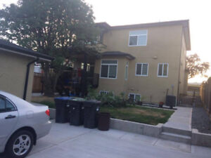 2 bedroom suite with a full shower bath for a Couple/ family 3