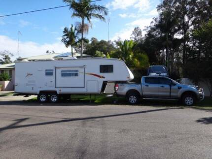 2005 Xtreme  26'  ultimate freecamper 5th wheeler (car optional) Newcastle Area Preview