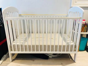 Solid Wood Baby Crib - Great Condition