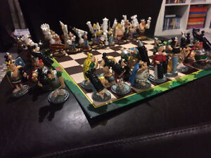 Asterix and Obelix Chess Game Kingston Kingston Area image 1