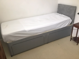 Guest bed, mattress and headboard