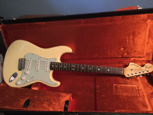 Fender Stratocaster 1969 reverse headstock limited Edition