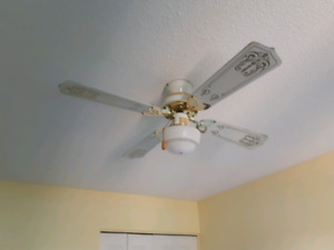 Ceilling fan/ ventilateur  de plafond