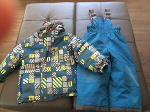 3x Perlim Pinpin snow suit