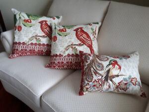 Beautiful Set of 3 Cushions
