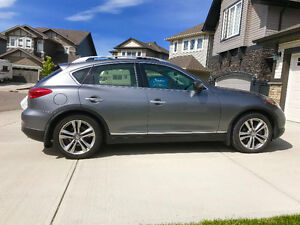 2012 Infiniti EX35 SUV, Almost New Condition w/ low K!!