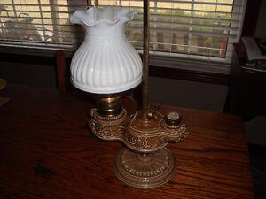 EXCELLENT 1800's DESK OIL LAMP PARIS FRANCE