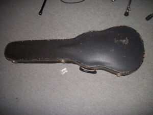 Vintage 1970s Gibson Les Paul Hard Shell Case