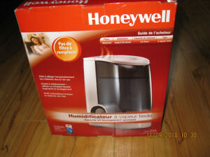 humidificateur a brume tiede Honeywell comme neuf en boite