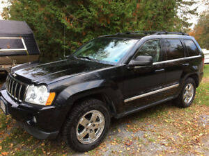 2007 Jeep Grand Cherokee Limited  - Low kms, in nice shape