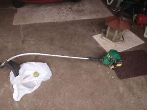 Weed Eater whipper snipper