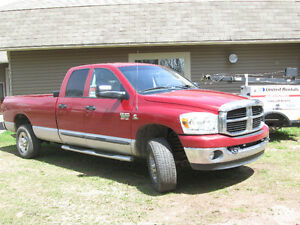 2007 Dodge Power Ram 3500 SLT Camionnette