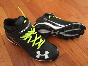 Spike pour football Under Armour