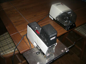 Rapid 106 & Rapid 100 Electric Staplers For Sale - REDUCED! Cambridge Kitchener Area image 1
