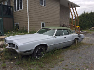 1971 ford thunderbird with 429 thunderjet and suicide doors