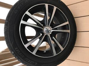 Mags et pneus à vendre