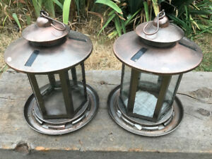 Antique Style Metal Glass Lighted Bird Feeders