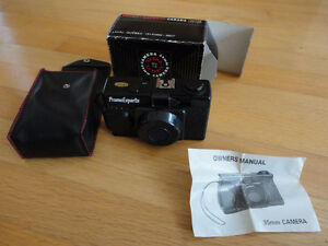 Vintage Promo Experts 35 mm camera with case and original box London Ontario image 1