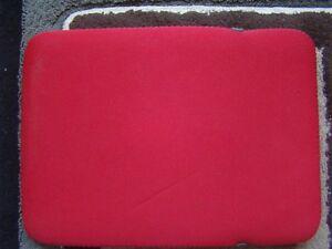 RED SLEEVE LIKE PADDED CASE COVER FOR IPAD 3,4 AIR 1,2, SAM TAB Regina Regina Area image 3