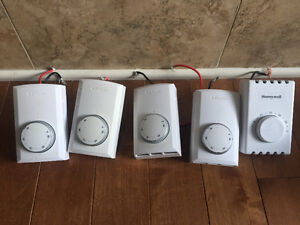 5 Thermostats For Sale - 1 Honeywell and 4 Dimplex