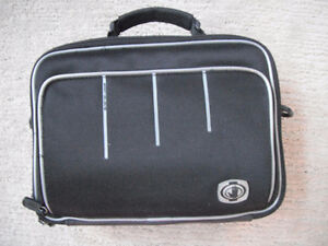 Body Glove DVD Player Carry Case