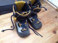 Salomon women's snowboard boots Size UK 5