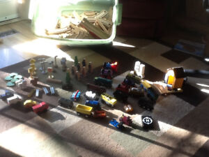 Thomas the train and kids craft  trains and track plus acc