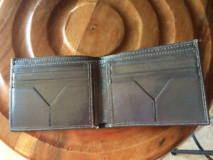 Men's leather wallet West Island Greater Montréal image 1