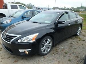 2013 Nissan Altima 3.5 SL LEATHER! PUSH TO START!