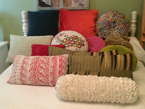 gorgeous pillows vintage and pier one collection West Island Greater Montréal image 3