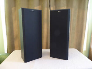 2 Sony Tower Speakers