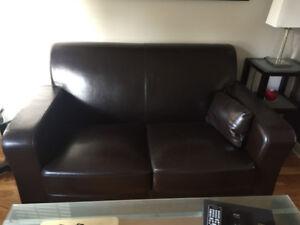 Ensemble Causeuse et fauteuil cuir