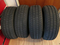 4 Pneus comme neuves 205/70R14  - Tires, like new