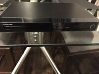 Toshiba SMART BLU-RAY & DVD PLAYER BDX2550KB