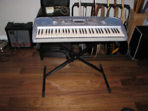 Yamaha PSR273 Keyboard w/Touch Response, Stand & Power Adapter.