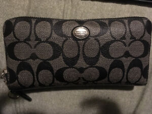 Coach wallet used