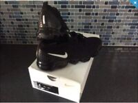 Nike Vapormax 2.0 U.K 7. Black with Black Sole ( Triple Black White Tick ) NOW SOLD OUT