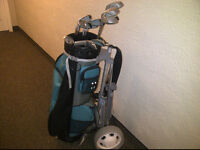 Men's full set right handed golf clubs