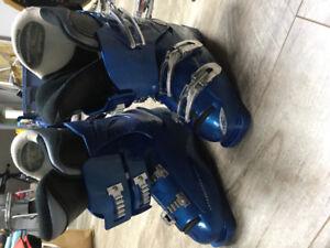 Ski boots Lange Size 7 for sale