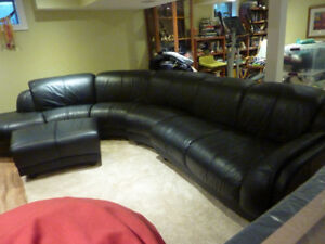 5 Piece Sectional Couch . Leather .
