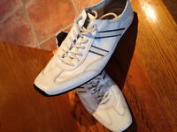 Chaussures blanches homme taille 11