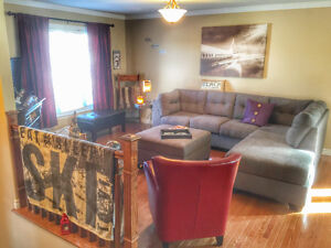 Room for rent ~ females only ~ $600 includes all!
