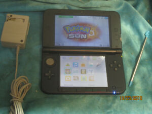 3DS XL in Blue/Black complete with Stylus & Charger