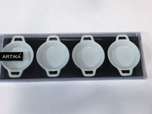 Ens. 4 Bol hors d'oeuvre / Set of 4 small appetizer bowls