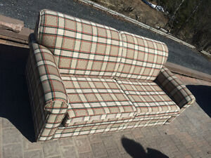 New Condition Pull Out Couch $200